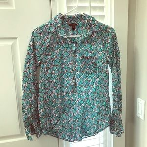 Printed 100% cotton J. Crew Henley style blouse